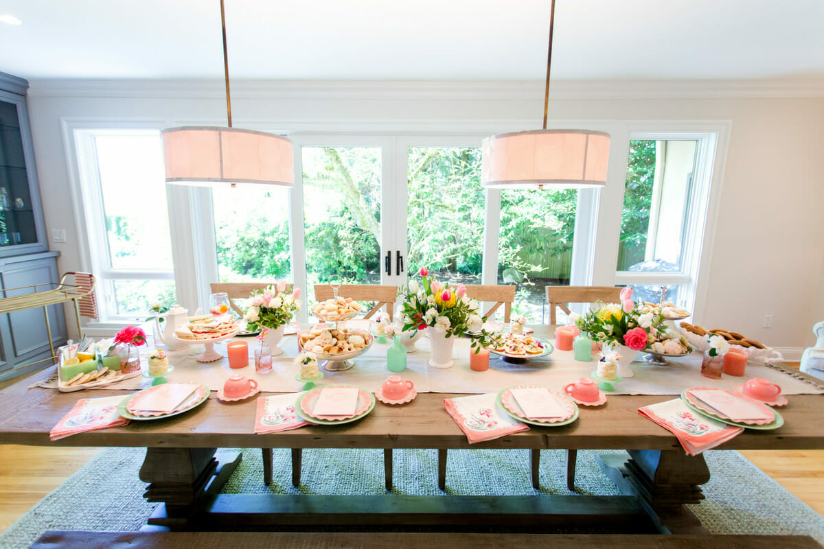 Home Tour: Dining Room | easy dining room decor || JennyCookies.com #diningroom #diningroomideas #diningroomdecorating #jennycookies